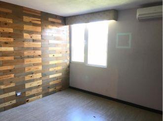 Casa en zona 14 La Villa, Remodelada - thumb - 128271