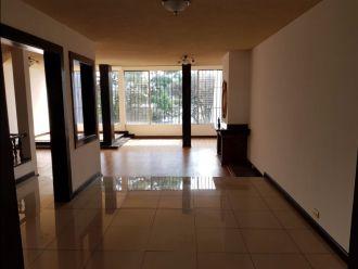 Casa en zona 15 Valles de Vista Hermosa  - thumb - 128779