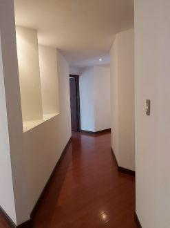 Vendo apto con terraza grande z. 15 - thumb - 128857