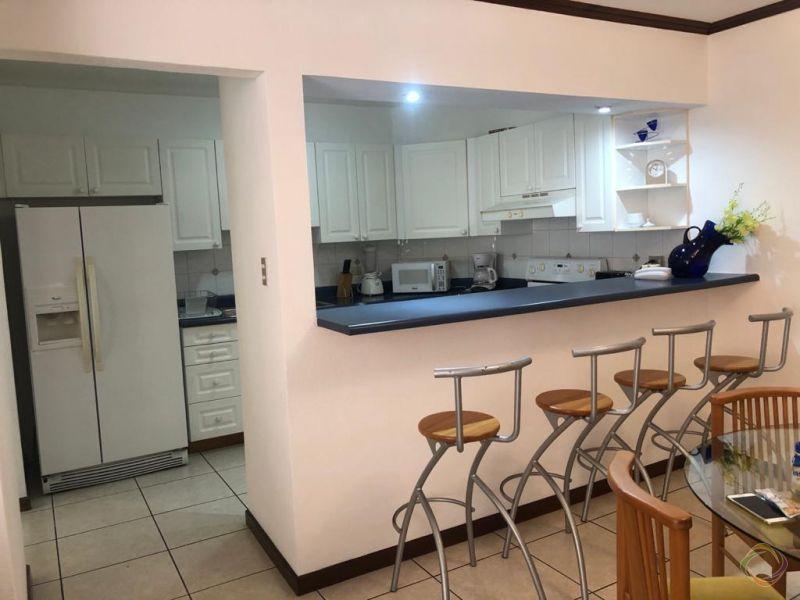 Apartamento en Torre Castelar zona 10 - large - 128878