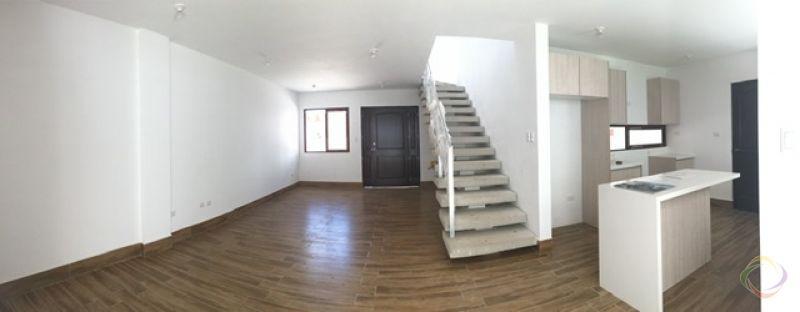 Casa en zona 16 - large - 128911