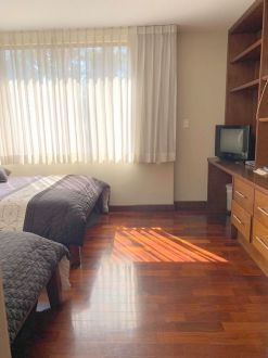 Apartamento en renta zona 10 - thumb - 128952