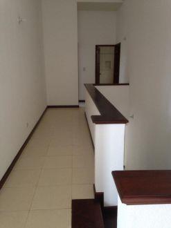 Casa en renta Zona 10 - thumb - 129037