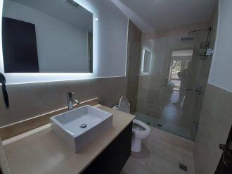 Apartamento amueblado en zona 15 - thumb - 129637