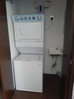 Apartamento amueblado en zona 15 - thumb - 129639