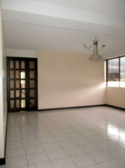 Apartamento amplio en zona 10 - thumb - 130621