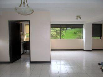 Apartamento amplio en zona 10 - thumb - 130622