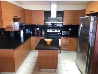 Apartamento amueblado en zona 10 - thumb - 130804