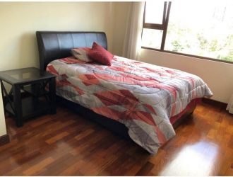 Apartamento amueblado en zona 10 - thumb - 130810