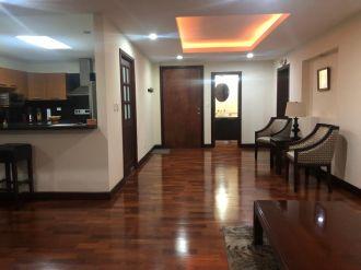 Apartamento amueblado en zona 10 - thumb - 130815