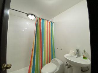 Alquiler y Venta de Apartamento amueblado, zona 10 - thumb - 135243