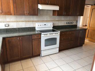 Apartamento en Edificio Vista Real zona 14 - thumb - 132246