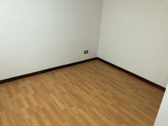 Apartamento en Edificio Vista Real zona 14 - thumb - 132249