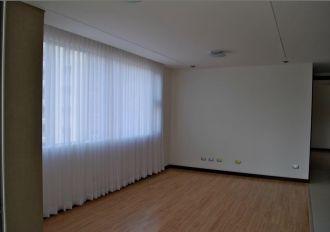 Apartamento en alquiler zona 14, Torre 14  - thumb - 135177