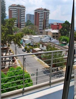 Apartamento en alquiler zona 14, Torre 14  - thumb - 135179