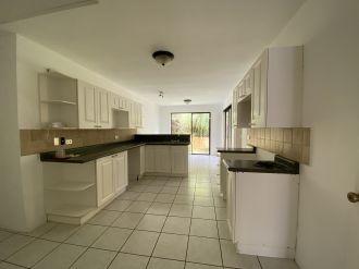 Casa en Condominio El Cafetal zona 15 vh3 - thumb - 137806
