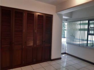 Apartamento amplio en Zona 15 vh1 - thumb - 135226