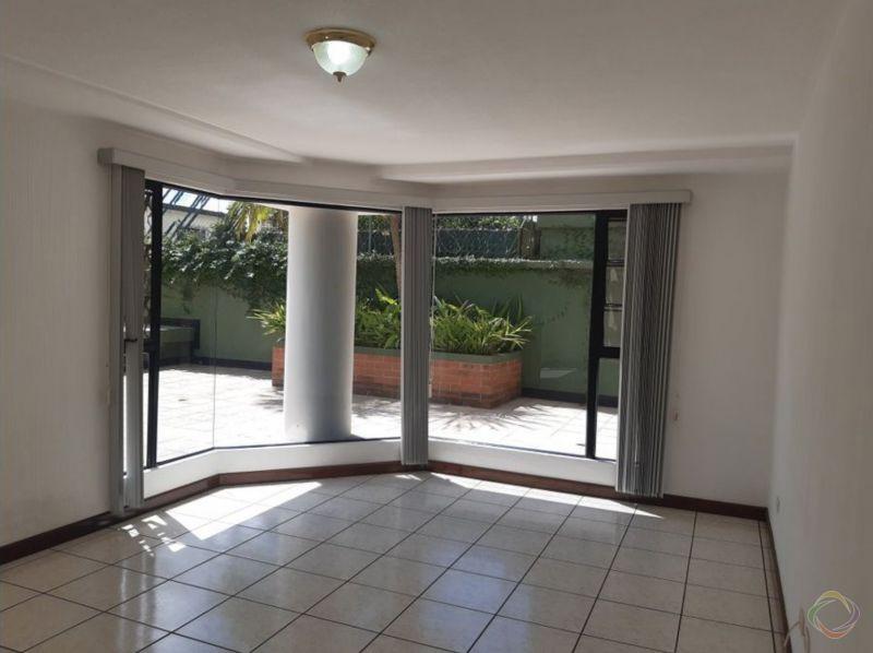Apartamento amplio en Zona 15 vh1 - large - 135233