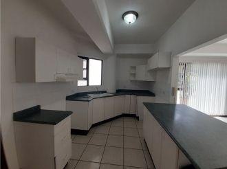 Apartamento amplio en Zona 15 vh1 - thumb - 135236