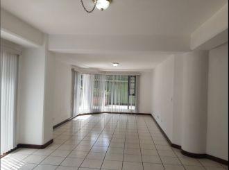 Apartamento amplio en Zona 15 vh1 - thumb - 135240