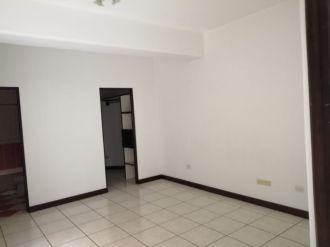 Apartamento en zona 15 - thumb - 135927