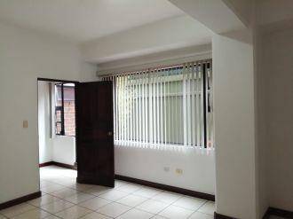 Apartamento en zona 15 - thumb - 135928