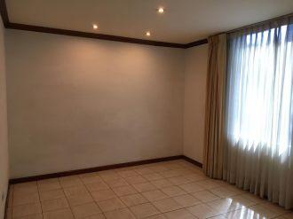 Apartamento en Edificio Excellence Z.14 - thumb - 136038