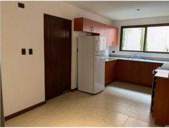 Rento lindo apartamento con jardin en z. 16 - thumb - 136135