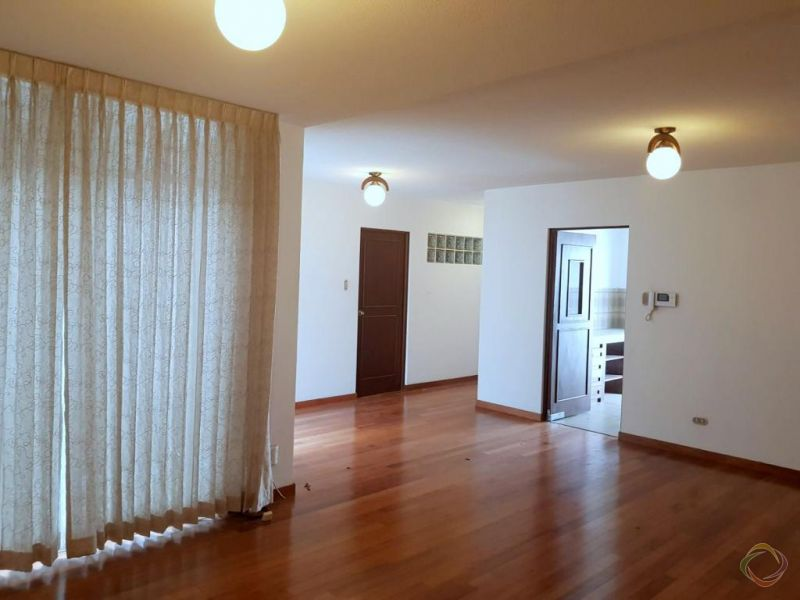 Zona 15, Vista Hermosa 2 Alquilo apartamento  - large - 137740