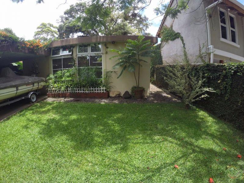 Casa con amplio jardin en VH2 - large - 137788