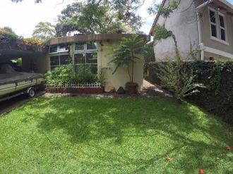 Casa con amplio jardin en VH2 - thumb - 137788