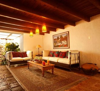 Hermosa casa colonial a solo 150 metros del Parque Central de Antigua Guatemala. - thumb - 139130