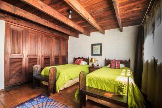 Hermosa casa colonial a solo 150 metros del Parque Central de Antigua Guatemala. - thumb - 139132