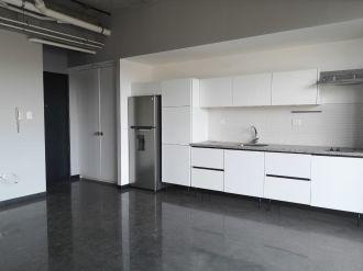 Alquilo apartamento de 2 habitaciones 4 Venezia - thumb - 140057