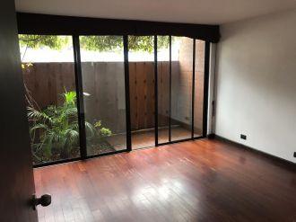 Apartamento con Jardín  en zona 10 - thumb - 141448