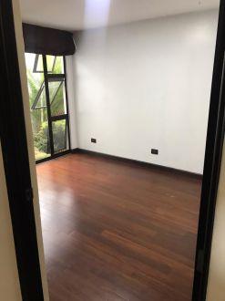 Apartamento con Jardín  en zona 10 - thumb - 141458