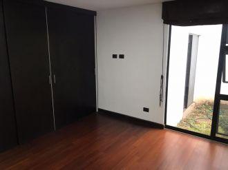 Apartamento con Jardín  en zona 10 - thumb - 141459