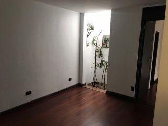 Apartamento con Jardín  en zona 10 - thumb - 141460