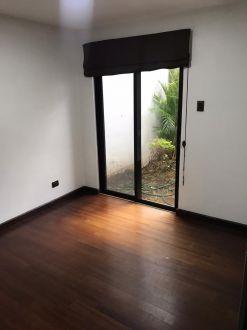 Apartamento con Jardín  en zona 10 - thumb - 141462