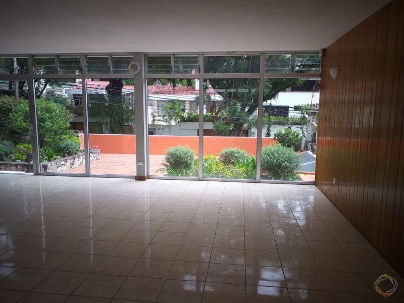 Casa en renta en zona 14 - large - 144540