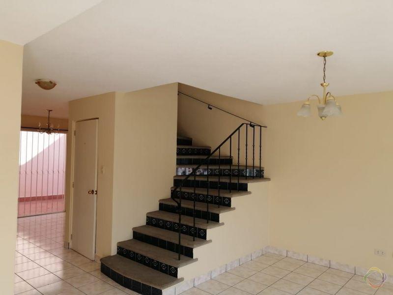 Casa en Renta dentro de Condominio zona 16 - large - 144639