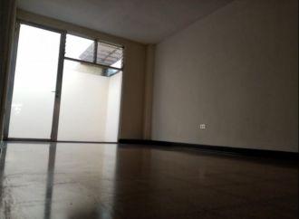Casa en zona 14 La Villa - thumb - 147624