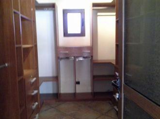 Casa Amplia dentro de condominio en zona 14 - thumb - 152948